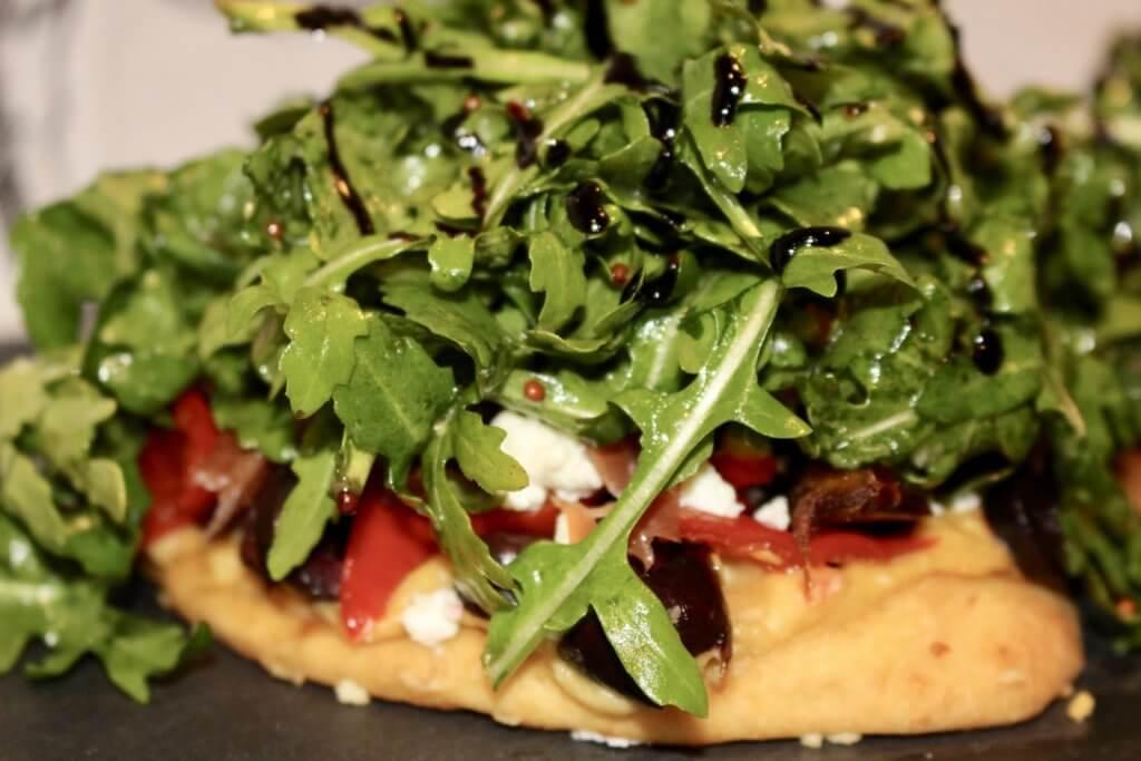 Mediterranean Flatbread with Hummus and Dates